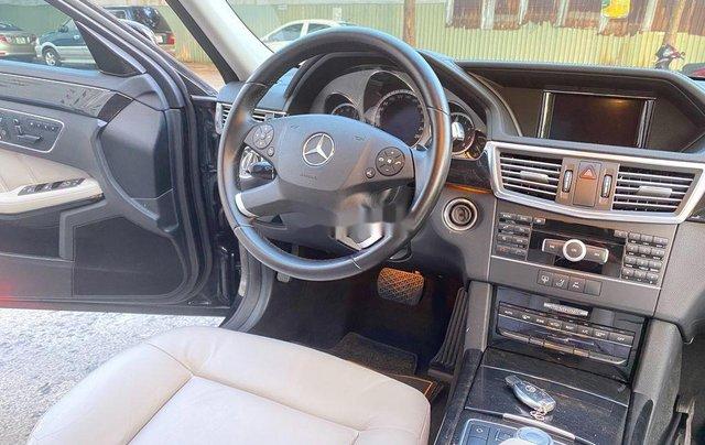 Cần bán xe Mercedes E250 sản xuất 2012, màu đen, giá chỉ 699 triệu8