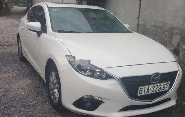 Bán Mazda 3 năm 2016, màu trắng chính chủ4