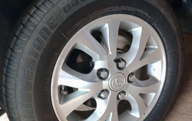 Cần bán lại xe Toyota Innova đời 2007, màu bạc, giá chỉ 315 triệu3