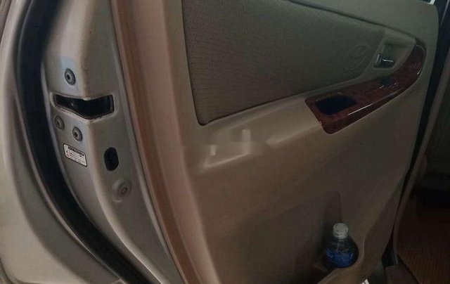 Cần bán lại xe Toyota Innova đời 2007, màu bạc, giá chỉ 315 triệu4