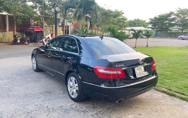 Cần bán xe Mercedes E250 sản xuất 2012, màu đen, giá chỉ 699 triệu3