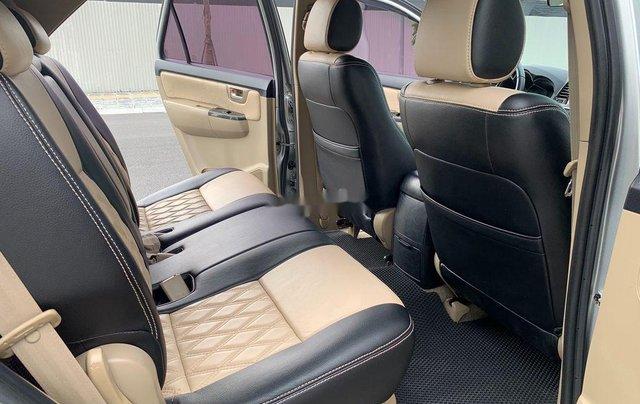 Bán Toyota Fortuner năm 2014, màu bạc số sàn, 655tr11