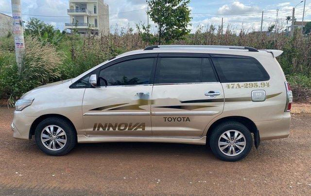 Bán Toyota Innova đời 2015, màu vàng cát, giá 405tr4