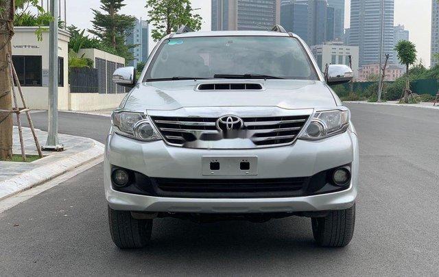 Bán Toyota Fortuner năm 2014, màu bạc số sàn, 655tr0