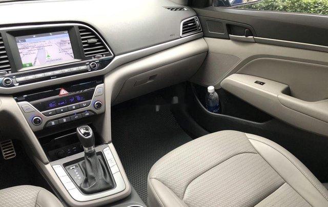 Bán xe Hyundai Elantra đời 2016, màu đen3