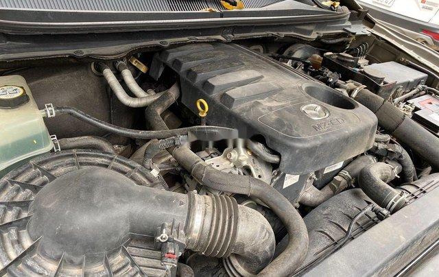 Chính chủ bán Mazda BT 50 năm sản xuất 2015, màu vàng, xe nhập10