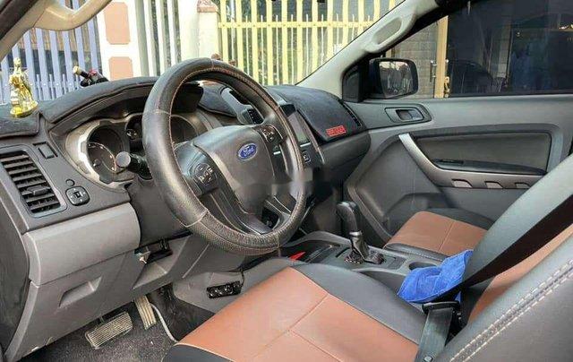 Cần bán xe Ford Ranger sản xuất năm 2017, màu trắng, nhập khẩu, giá tốt6