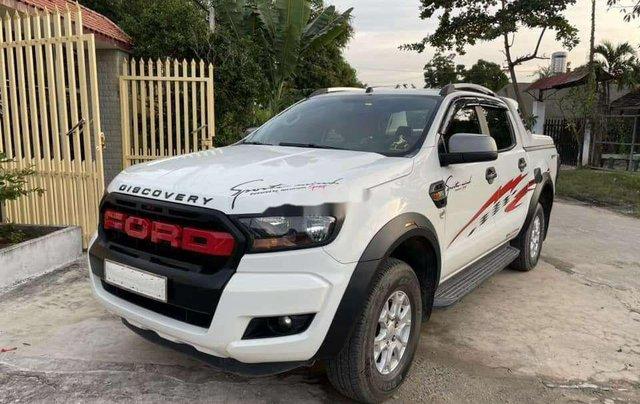 Cần bán xe Ford Ranger sản xuất năm 2017, màu trắng, nhập khẩu, giá tốt4