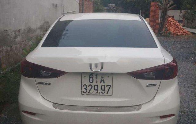 Bán Mazda 3 năm 2016, màu trắng chính chủ0