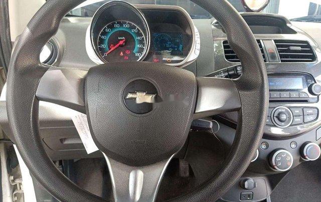 Bán Chevrolet Spark đời 2016, màu trắng7