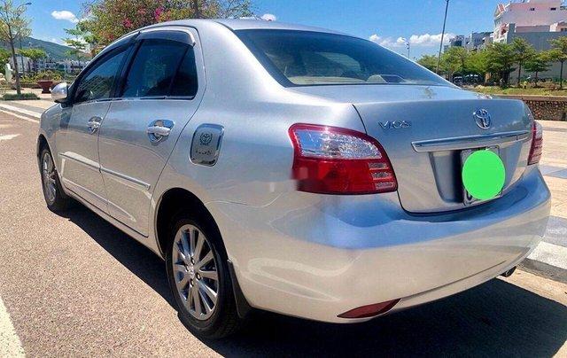 Bán Toyota Vios đời 2012, màu bạc số sàn, giá chỉ 305 triệu2