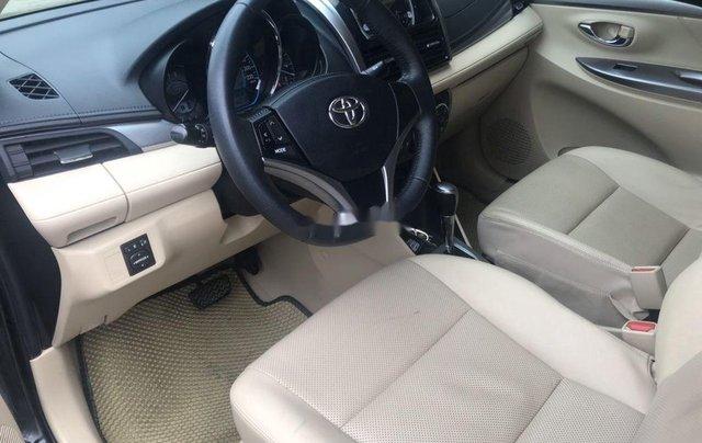 Bán ô tô Toyota Vios đời 2017, màu đen số tự động4