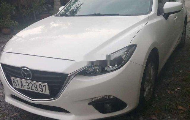 Bán Mazda 3 năm 2016, màu trắng chính chủ5