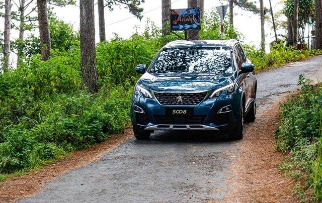 [Peugeot Bình Tân] Ưu đãi đặc biệt Peugeot 5008 AL, màu xanh ngọc bảo, tặng BHVC - giá tốt nhất Sài Gòn giao ngay1