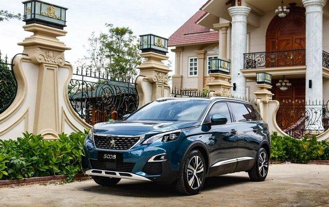 [Peugeot Bình Tân] Ưu đãi đặc biệt Peugeot 5008 AL, màu xanh ngọc bảo, tặng BHVC - giá tốt nhất Sài Gòn giao ngay0