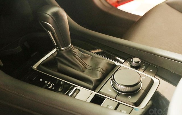Bán Mazda 3 1.5AT HB premium 201911