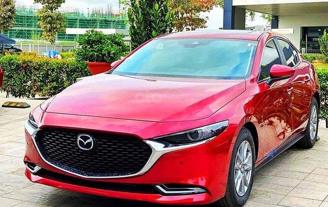 Cần bán Mazda 3 năm sản xuất 2020, màu đỏ, giá chỉ 799 triệu0