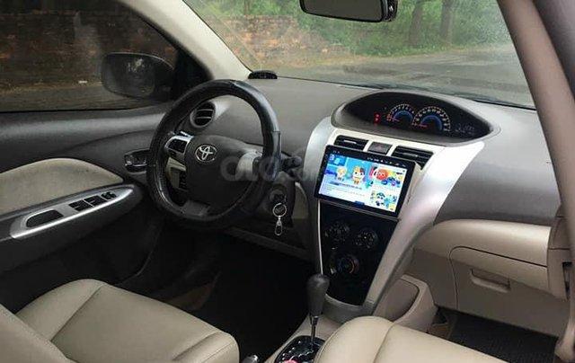 Cần bán xe Toyota Vios số tự động SX 2011, màu bạc6