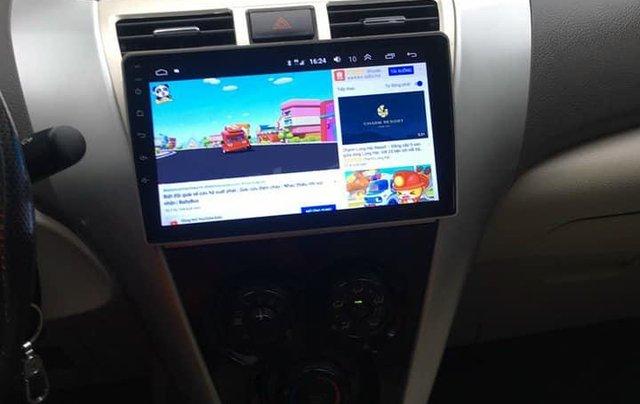 Cần bán xe Toyota Vios số tự động SX 2011, màu bạc3