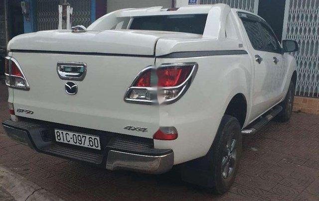 Bán Mazda BT 50 đời 2016, màu trắng, nhập khẩu số sàn7