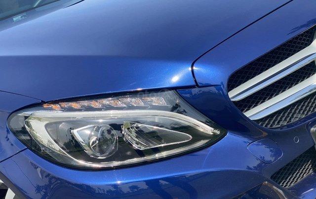 Mua xe giá thấp với chiếc Mercedes-benz C200 đời 2017, còn mới3