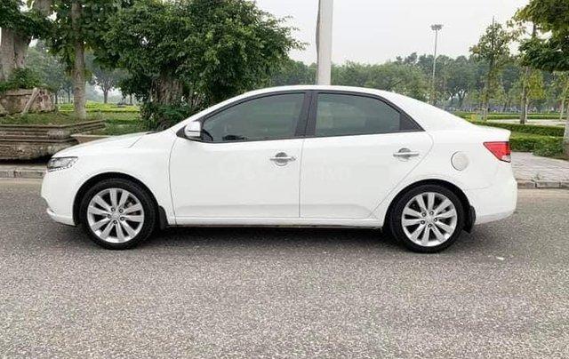 Cần bán xe Kia Forte EX 2013, số sàn, màu trắng4