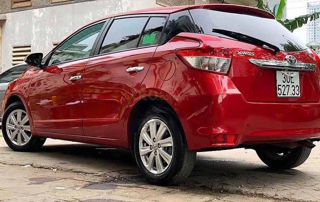 Cần bán Toyota Yaris sản xuất 2017, màu đỏ, xe nhập còn mới3