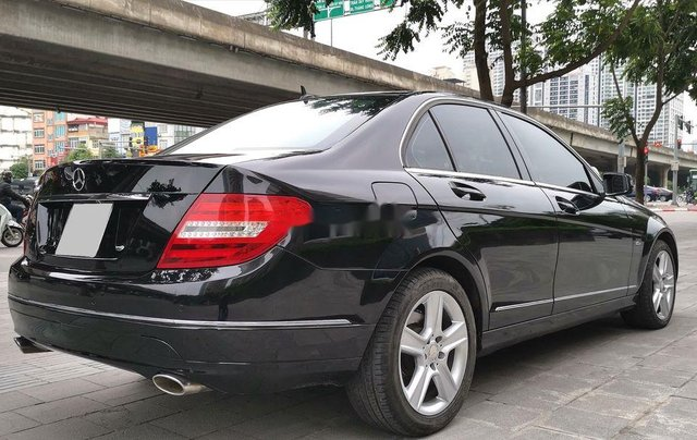Bán xe Mercedes C300 đời 2010, màu đen7