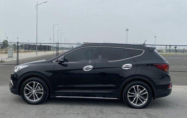 Bán Hyundai Santa Fe sản xuất năm 2017, màu đen, 865 triệu5