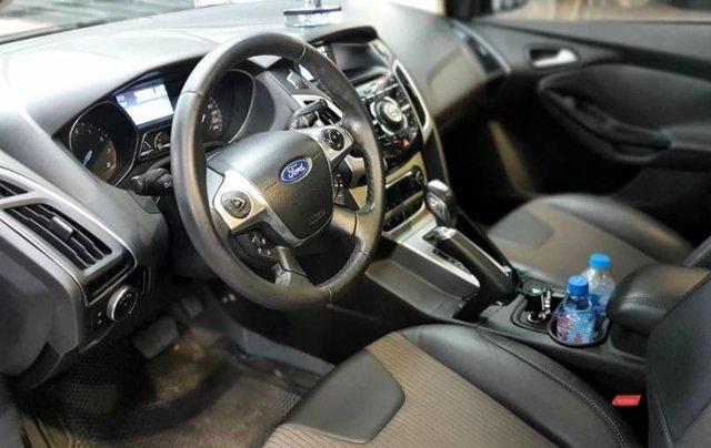 Cần bán Ford Focus đời 2013, màu bạc8
