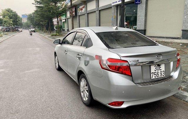 Cần bán Toyota Vios đời 2017, màu bạc, 475tr5