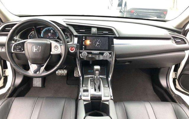 Cần bán xe Honda Civic năm 2017, màu trắng, xe nhập 9