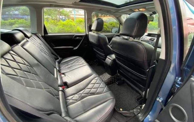Cần bán xe Subaru Forester sản xuất 2014, màu xanh lam còn mới, giá tốt5