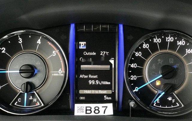 Bán Toyota Fortuner năm sản xuất 2020, số tự động, màu ghi xám1