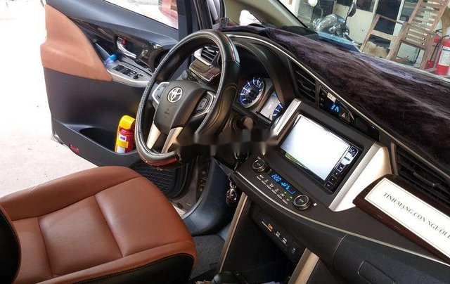 Cần bán xe Toyota Innova G 2019, giá tốt7