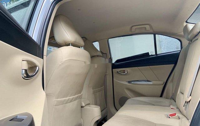 Cần bán Toyota Vios đời 2017, màu bạc, 475tr7
