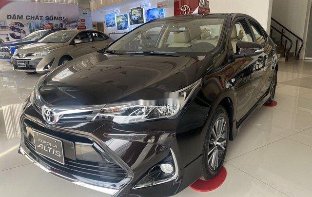 Cần bán Toyota Corolla Altis đời 2021, màu đen1