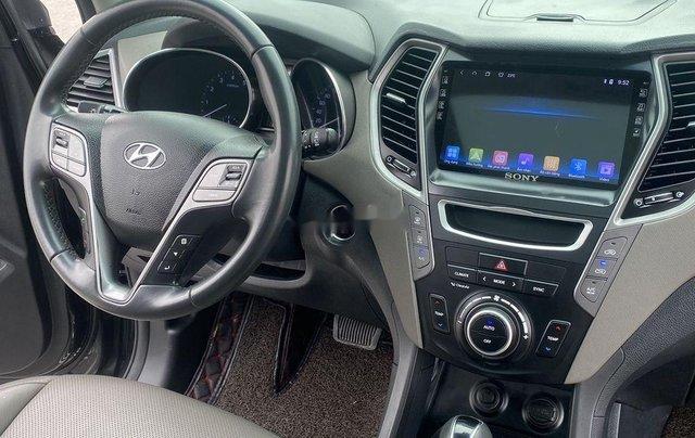 Bán Hyundai Santa Fe sản xuất năm 2017, màu đen, 865 triệu11