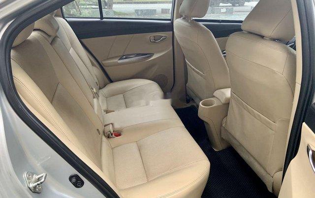Cần bán Toyota Vios đời 2017, màu bạc, 475tr11