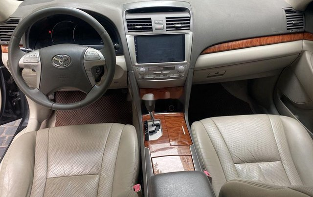 Cần bán gấp Toyota Camry năm sản xuất 2011, xe chính chủ giá ưu đãi7