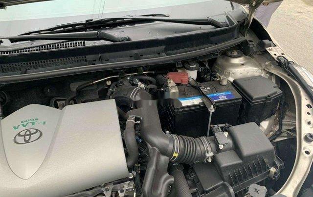 Cần bán Toyota Vios năm sản xuất 2019, xe một đời chủ còn mới hoàn toàn6
