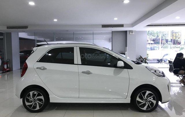 Kia Morning Luxury giá chỉ 383tr5