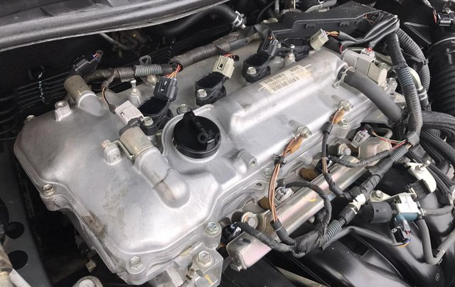 Toyota Corolla Altis 1.8G AT cuối 2010 form mới 2011, tự động, màu ghi, 1 chủ, xe tuyển ACE không phải nghĩ9