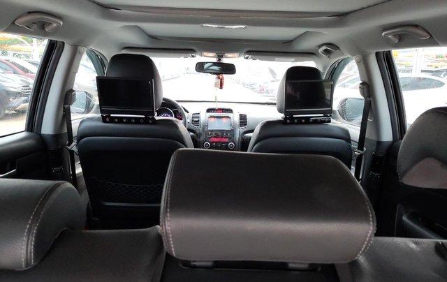 Cần bán xe Kia Sorento đời 2015, màu đen, số tự động9