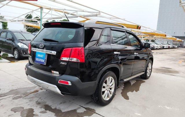 Cần bán xe Kia Sorento đời 2015, màu đen, số tự động1