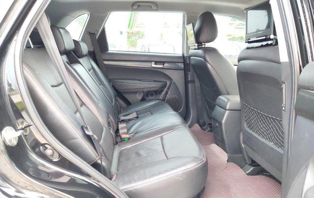 Cần bán xe Kia Sorento đời 2015, màu đen, số tự động10
