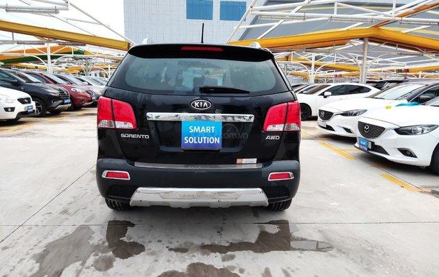 Cần bán xe Kia Sorento đời 2015, màu đen, số tự động3