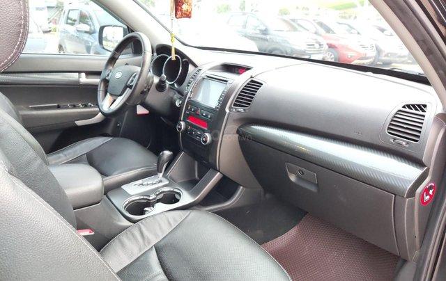 Cần bán xe Kia Sorento đời 2015, màu đen, số tự động13