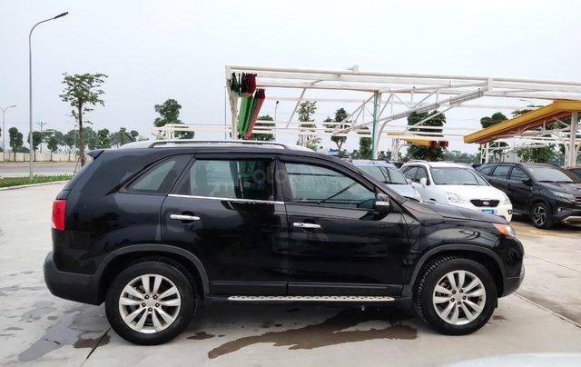 Cần bán xe Kia Sorento đời 2015, màu đen, số tự động4