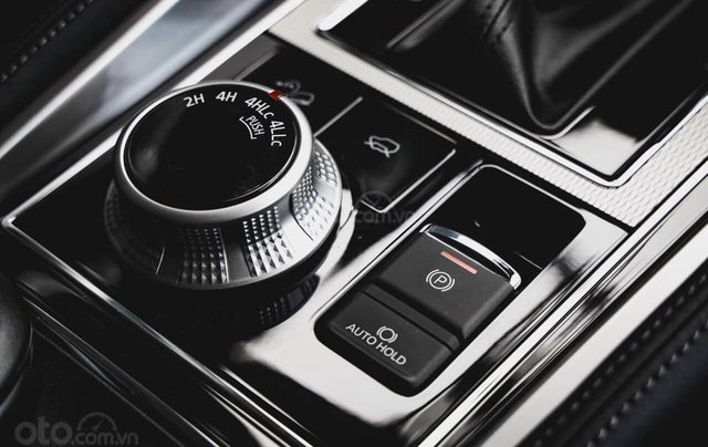 Hỗ trợ mua xe giá thấp chiếc Mitsubishi Pajero Sport D4x4 AT Pre đời 2020, giao nhanh14